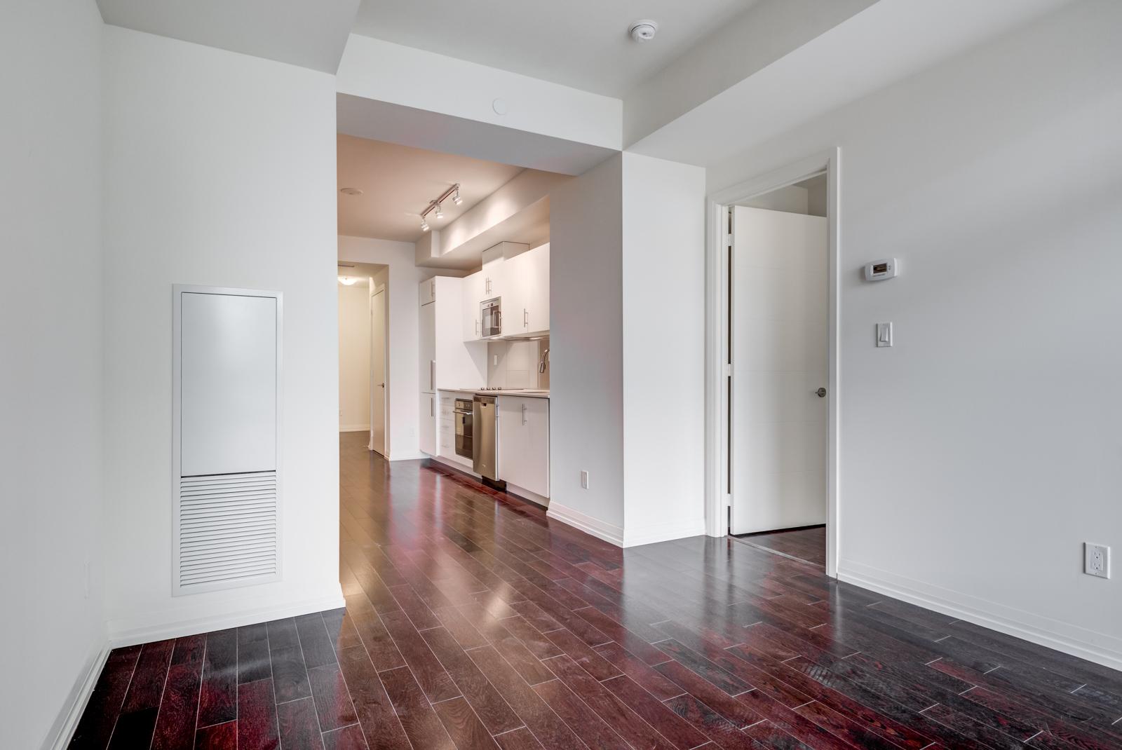 720-460 Adelaide Street