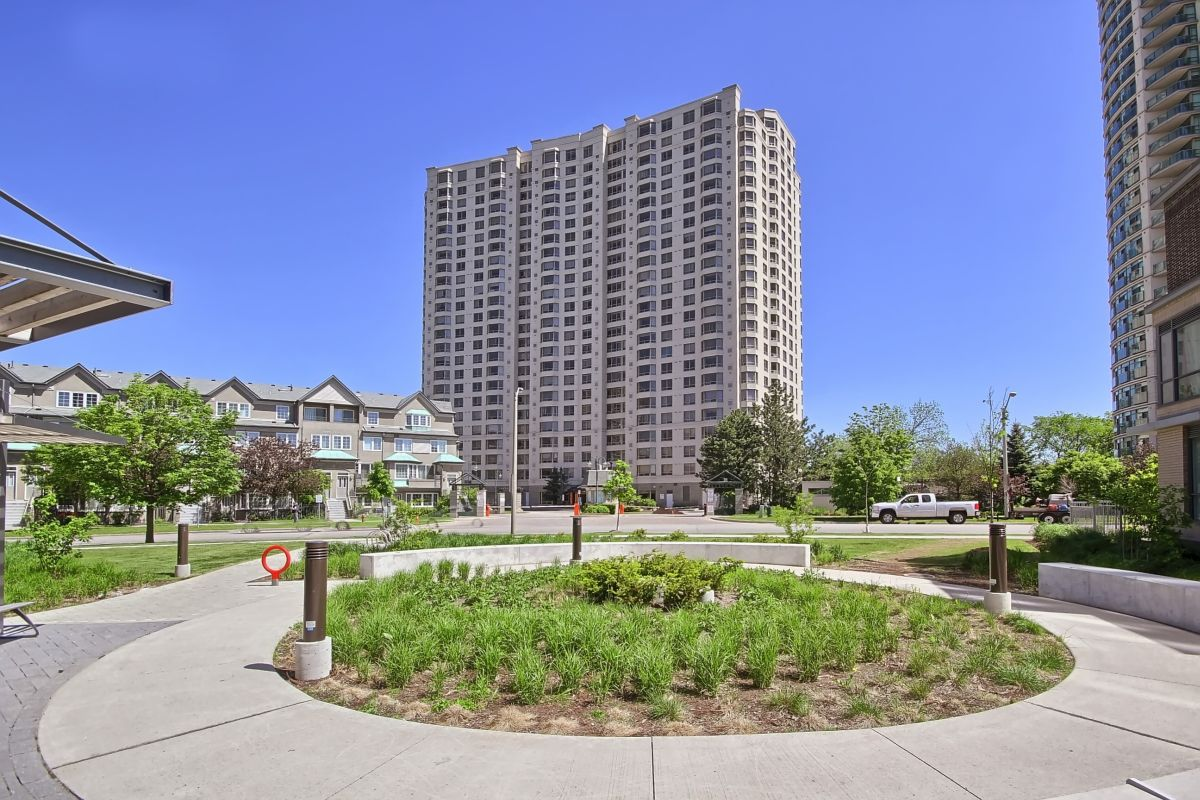 713-228 Bonis Avenue