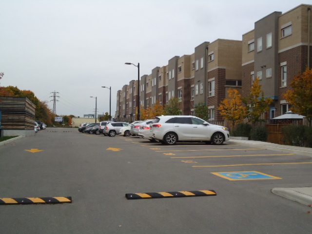 3-92 Caledonia Park Road, Toronto