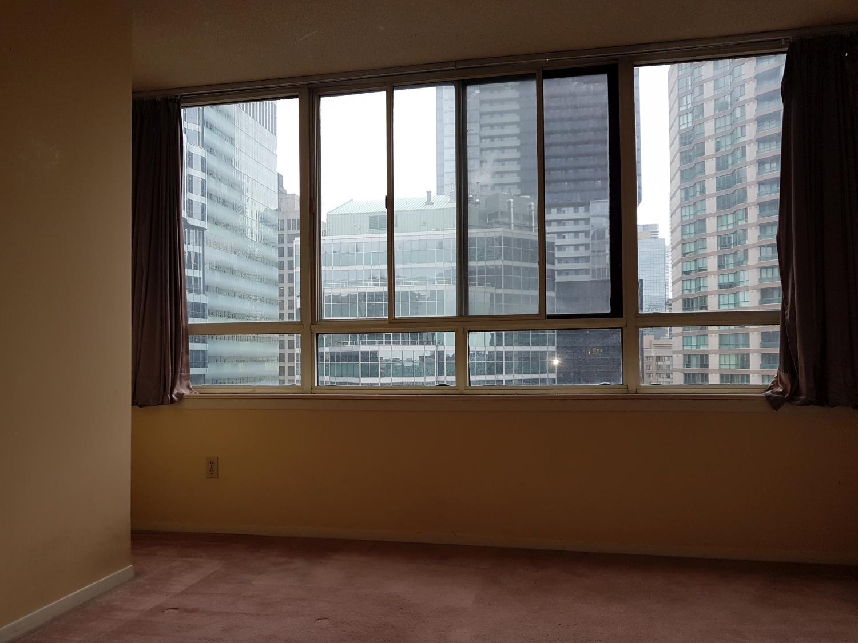 2022-633 Bay Street, Toronto